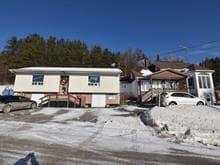 Maison à vendre à Saint-Jean-de-la-Lande, Bas-Saint-Laurent, 927 - 929, Rue  Principale, 27013995 - Centris.ca