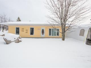 Maison à vendre à Saguenay (Chicoutimi), Saguenay/Lac-Saint-Jean, 112, Rue  Julie, 10219671 - Centris.ca