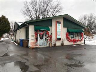 Triplex for sale in Notre-Dame-des-Prairies, Lanaudière, 104, boulevard  Antonio-Barrette, 22680972 - Centris.ca