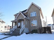 Triplex à vendre à Laval (Chomedey), Laval, 2648 - 2652, Rue  Frégault, 22494249 - Centris.ca