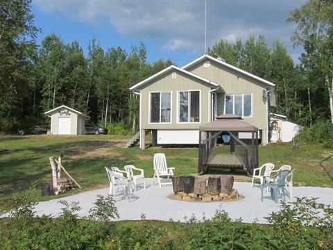 Cottage for sale in La Tuque, Mauricie, 429, Grand Lac Bostonnais, 18591750 - Centris.ca