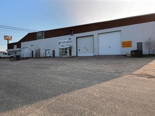 Bâtisse industrielle à vendre à Baie-Comeau, Côte-Nord, 53 - 55, Avenue  William-Dobell, 22185141 - Centris.ca