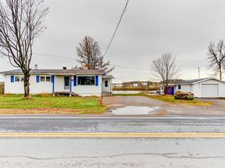 Maison à vendre à Saint-Stanislas (Mauricie), Mauricie, 965, Rue  Principale, 10326863 - Centris.ca