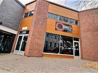 Bâtisse commerciale à vendre à Saguenay (Chicoutimi), Saguenay/Lac-Saint-Jean, 345 - 347, Rue  Racine Est, 10296823 - Centris.ca