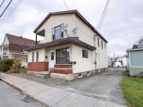 Triplex à vendre à Magog, Estrie, 111 - 115, Rue  Saint-Patrice Est, 20987047 - Centris.ca