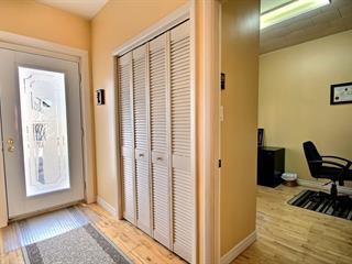 Maison à vendre à Rivière-du-Loup, Bas-Saint-Laurent, 17, Rue  Thibaudeau, 27525693 - Centris.ca