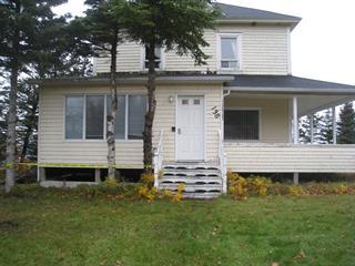 Maison à vendre à Les Méchins, Bas-Saint-Laurent, 138, Rue  Principale, 19293866 - Centris.ca