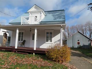 Maison à vendre à Saint-Justin, Mauricie, 540, Rue  Duchesnay, 19570032 - Centris.ca