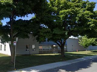 Bâtisse industrielle à louer à Montréal (Saint-Laurent), Montréal (Île), 2720, Rue  Duchesne, 27469004 - Centris.ca