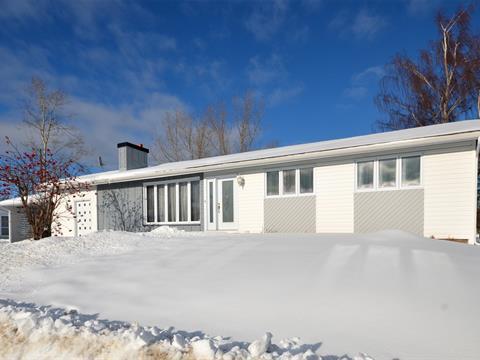 House for sale in Port-Cartier, Côte-Nord, 2, 7e Rue, 10357087 - Centris.ca