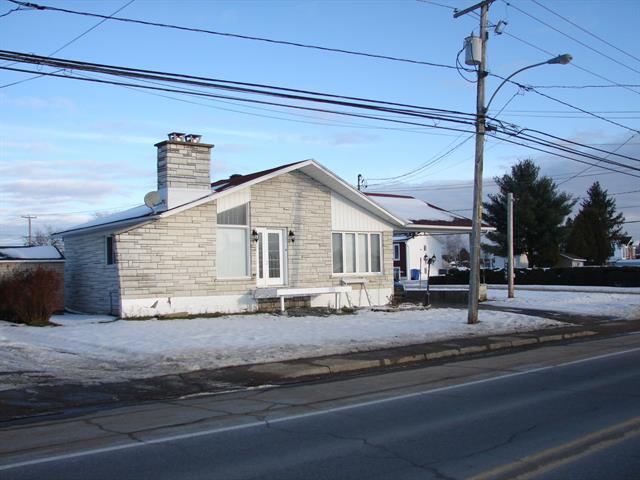 Maison à vendre à Saint-Tite, Mauricie, 241, boulevard  Saint-Joseph, 16645837 - Centris.ca