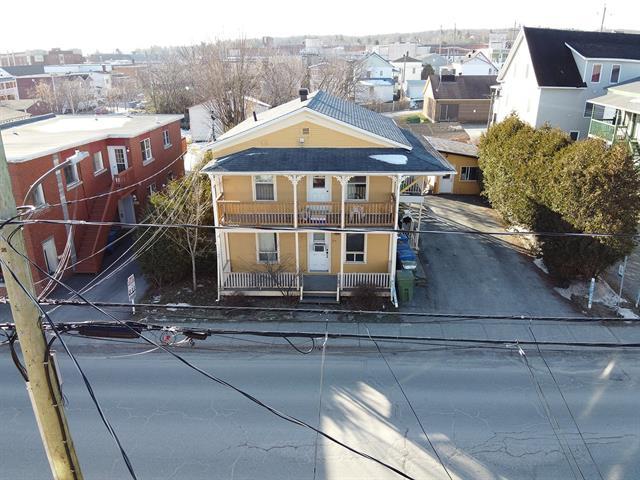 Duplex à vendre à Magog, Estrie, 216 - 218, Rue  Saint-Patrice Est, 25222120 - Centris.ca