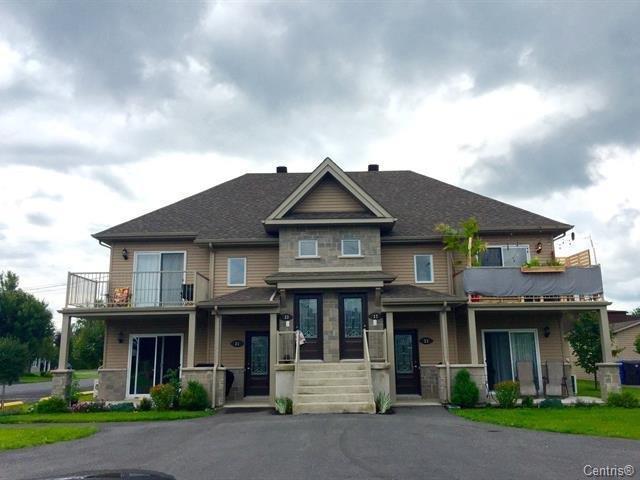 Quadruplex for sale in Yamaska, Montérégie, 31 - 37, Rue  Lauzière, 25570071 - Centris.ca