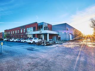 Bâtisse industrielle à louer à Laval (Fabreville), Laval, 4400, Desserte Ouest Chomedey (A-13), 12342531 - Centris.ca