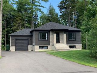 Maison à vendre à Lachute, Laurentides, 16, Rue  Saint-Exupéry, 23628842 - Centris.ca
