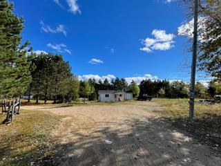 Chalet à vendre à La Bostonnais, Mauricie, 1480, Route  155 Nord, 25523428 - Centris.ca