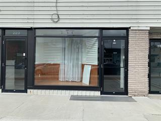Commercial unit for rent in Amos, Abitibi-Témiscamingue, 221, 1re Avenue Ouest, 16731195 - Centris.ca