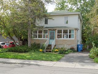 House for sale in Pointe-Claire, Montréal (Island), 6, Avenue  Queen, 26816236 - Centris.ca