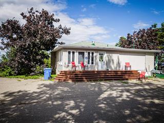 Bâtisse commerciale à vendre à Sainte-Anne-des-Monts, Gaspésie/Îles-de-la-Madeleine, 864, Rue  Bellerive, 23962090 - Centris.ca