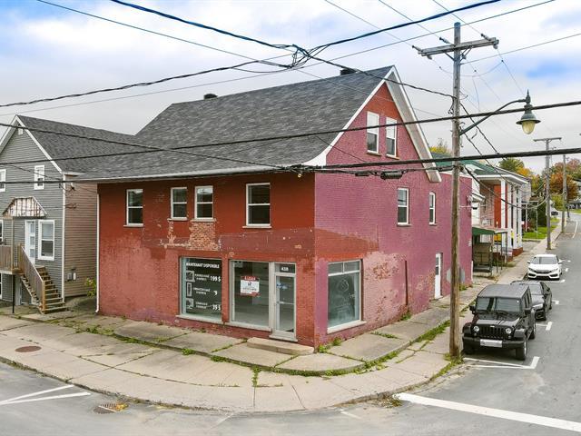 Local commercial à louer à Richmond, Estrie, 438, Rue  Principale Nord, 23861604 - Centris.ca