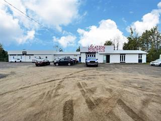 Commercial building for sale in Saint-Honoré, Saguenay/Lac-Saint-Jean, 2791, boulevard  Martel, 27060857 - Centris.ca