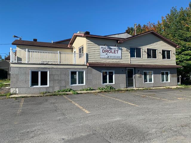 Immeuble à revenus à vendre à Lac-Drolet, Estrie, 779 - 781, Rue  Principale, 18300178 - Centris.ca