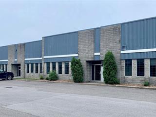 Local commercial à louer à Laval (Sainte-Rose), Laval, 980, Rue  Bergar, 28643040 - Centris.ca