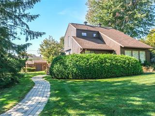 Maison à vendre à Saint-Bruno-de-Montarville, Montérégie, 2115, Rue  Bellevue, 20671799 - Centris.ca