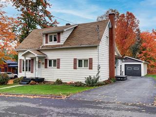 Maison à vendre à Coaticook, Estrie, 97, Rue  Maple, 28011459 - Centris.ca