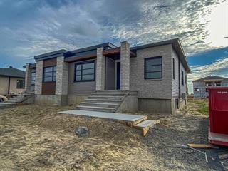 Maison à vendre à Drummondville, Centre-du-Québec, 2060, Rue  Rossini, 21462997 - Centris.ca