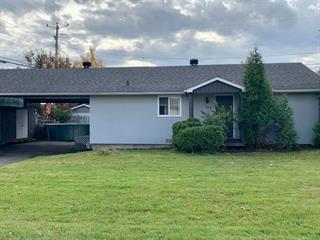 Maison à vendre à Saguenay (Chicoutimi), Saguenay/Lac-Saint-Jean, 107, Rue  Briand, 24786819 - Centris.ca