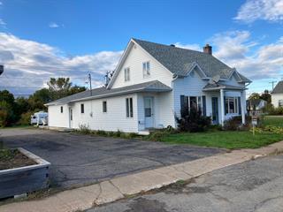 Maison à vendre à Charette, Mauricie, 243, Rue de la Station, 18878932 - Centris.ca