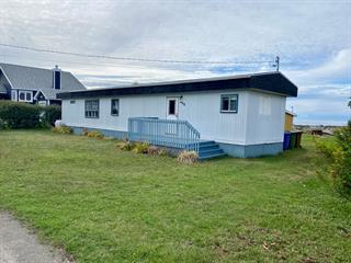 Cottage for sale in Sainte-Luce, Bas-Saint-Laurent, 408, Route  132 Est, 11396974 - Centris.ca