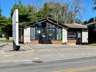 Bâtisse commerciale à vendre à Bois-des-Filion, Laurentides, 695, boulevard  Adolphe-Chapleau, 13564336 - Centris.ca