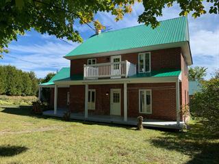 Maison à vendre à La Malbaie, Capitale-Nationale, 131, Rue  Saint-Fidèle, 28712135 - Centris.ca