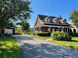House for sale in Saguenay (La Baie), Saguenay/Lac-Saint-Jean, 2183, Rue  Bagot, 23966319 - Centris.ca