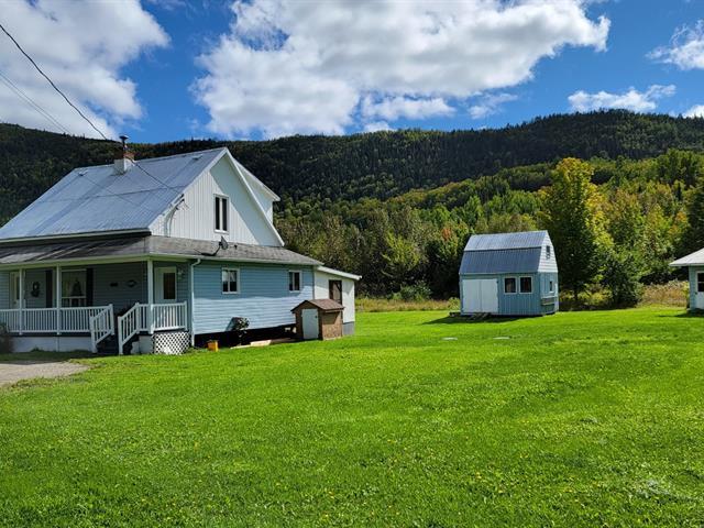 House for sale in Grande-Vallée, Gaspésie/Îles-de-la-Madeleine, 147, Route de la Rivière, 25404987 - Centris.ca