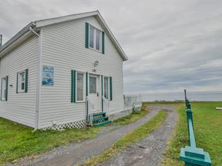 House for sale in Sainte-Anne-des-Monts, Gaspésie/Îles-de-la-Madeleine, 18, Rue de la Plage, 18667886 - Centris.ca