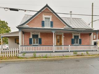 Maison à vendre à Terrebonne (Terrebonne), Lanaudière, 590Z, Rue  Saint-Pierre, 19200748 - Centris.ca