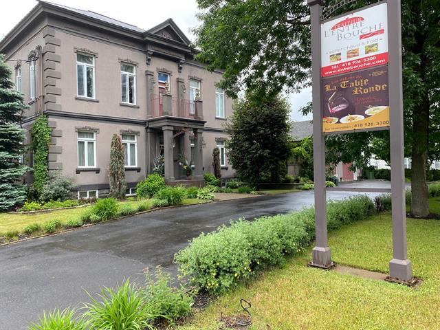 Bâtisse commerciale à vendre à Sainte-Croix, Chaudière-Appalaches, 6296Z, Rue  Principale, 12016261 - Centris.ca