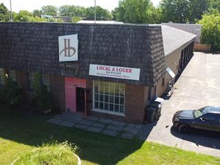 Bâtisse commerciale à vendre à Trois-Rivières, Mauricie, 2135, Rue  Bellefeuille, 10240594 - Centris.ca