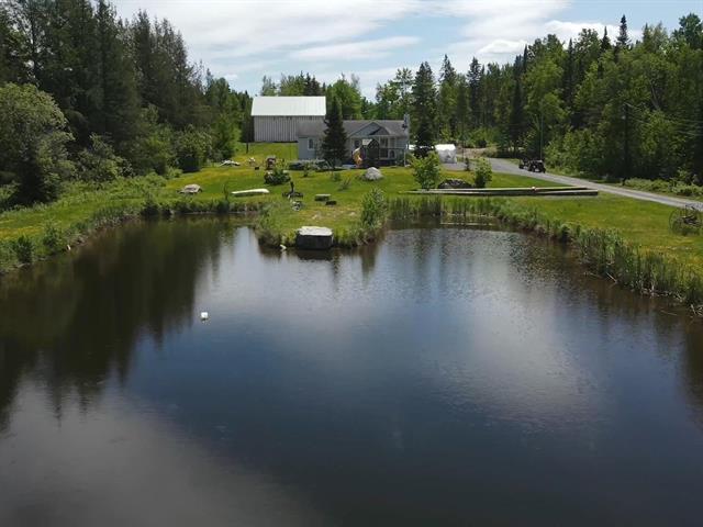 Maison à vendre à Beauceville, Chaudière-Appalaches, 775, Route  Fraser, 14171833 - Centris.ca