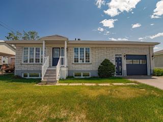 Maison à vendre à Baie-Comeau, Côte-Nord, 827, Rue  D'Astous, 14164408 - Centris.ca