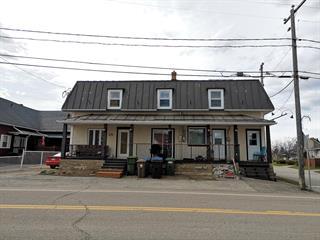 Triplex à vendre à Métabetchouan/Lac-à-la-Croix, Saguenay/Lac-Saint-Jean, 368 - 370, Rue  Saint-Jean, 15350791 - Centris.ca