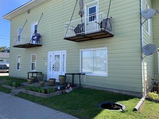 Triplex à vendre à Ferme-Neuve, Laurentides, 327, 9e Avenue, 28885489 - Centris.ca