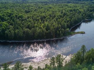 Terrain à vendre à L'Isle-aux-Allumettes, Outaouais, Chemin  East-Range, 21901264 - Centris.ca