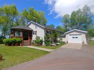 Maison à vendre à Saint-Jean-Port-Joli, Chaudière-Appalaches, 392, Avenue  De Gaspé Ouest, 21884526 - Centris.ca