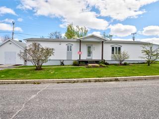Maison mobile à vendre à Baie-Comeau, Côte-Nord, 34, Avenue  Chapleau, 19523702 - Centris.ca
