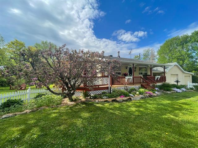 Maison à vendre à Austin, Estrie, 62, Chemin  Duval, 13327775 - Centris.ca