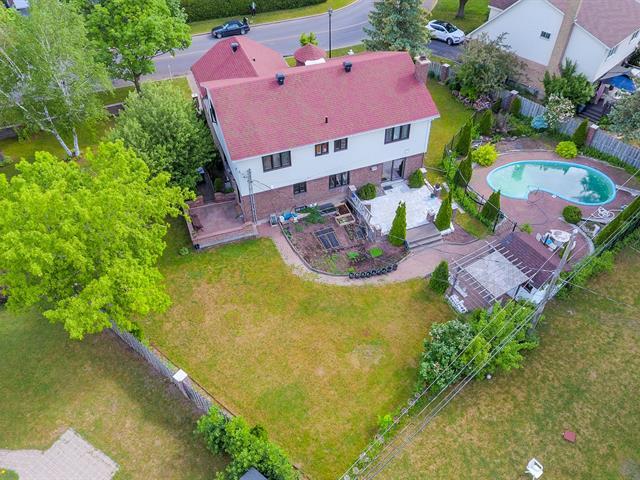 Terrain à vendre à Kirkland, Montréal (Île), Rue  Meridian, 23677954 - Centris.ca